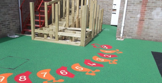 Safe Play Area Graphics in Abermagwr